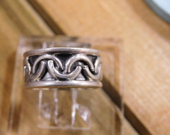 Vintage Celtic Style Sterling Silver Ring Size 5.5