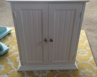 White Cabinet