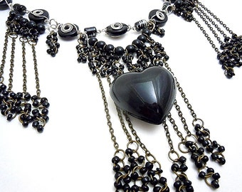 Black Hearted Goddess Necklace