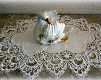 """22"""" White Lace Doily  SET OF 2 Dresser Scarf Place Mat"""
