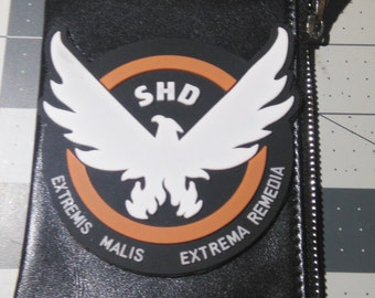 Tom Clancy's the Division Deluxe Agent SHD arm patch and zipper pouch.