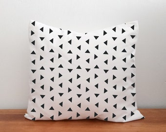 Baby Nursery Modern Decorative Throw Pillow with Triangles in Black and White