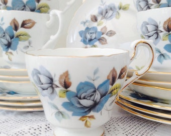 Exquisite 'Blue Mist' 19 Piece Vintage Paragon  Teaset, Perfect