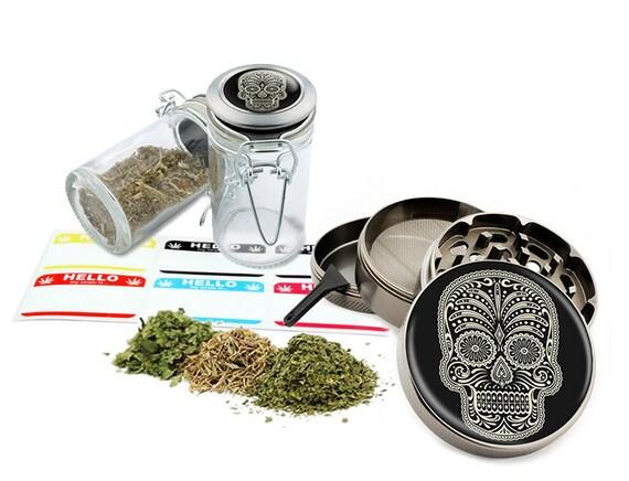 "Sugar Skull - 2.5"" Zinc Alloy Grinder & 75ml Locking Top Glass Jar Combo Gift Set Item # G021615-033"
