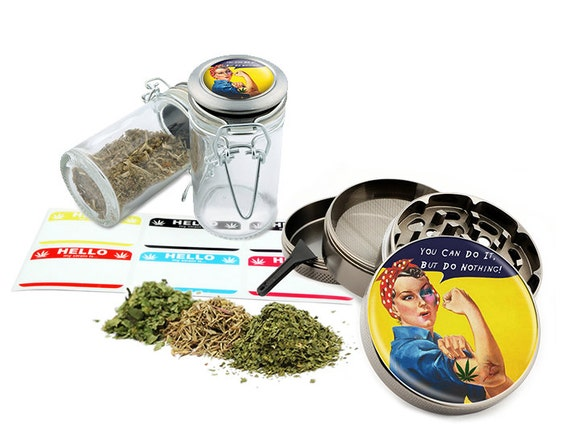 "Do Nothing - 2.5"" Zinc Alloy Grinder & 75ml Locking Top Glass Jar Combo Gift Set Item # G021615-042"