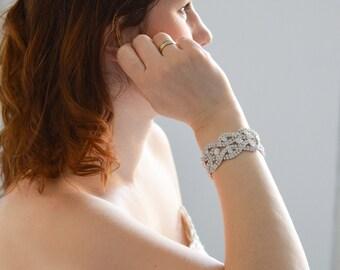 Bridal Bracelet, Wedding Bracelet, Crystal Bridal Bracelet, Wedding Accessories, Wedding Jewelry, Bridal Jewelry, Rhinestone Bridal Bracelet