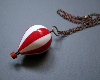 Hot air balloon. Necklace. Free shipping.