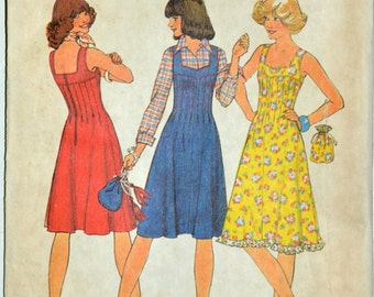 1970s Simplicity Vintage Sewing Pattern 7437, Size 8