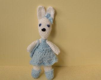 Crochet bunny rabbit, amigurumi doll, rabbit soft toy, white bunny rabbit