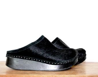 vintage clogs / vintage leather mules / vintage mules 6.5 / leather clogs 37 / Wooden Clogs / Black Leather Clogs / Platform Wedges