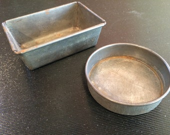 Vintage toy baking pans