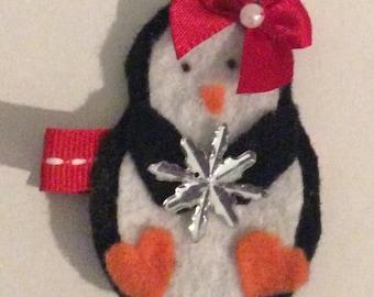 Christmas penguin hair clip