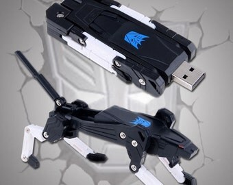 16 GB Transformers Hasbro USB Flash Drive Ravage Robot Data Memory Stick Autobot Macbook Pro Gadget Valentine Gift Geeky boy / girl