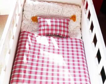 Quilt, plaid, boutis, 65x65cm and Scottish cushion and saffron PomPoms Scottish Plaid cotton red and white by House aunt CATH
