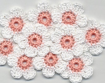 Crochet Flowers -  White crochet flowers - Crochet applique - Crocheted white Flowers - Handmade applique - Crochet white Flowers 3cm 10 Pcs