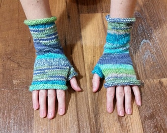Hand Knitted Mittens/Gloves - w/o Fingers