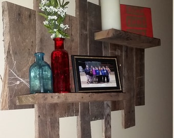 Recycled pallet wood wall shelf
