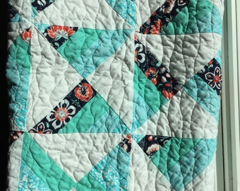 Spinning Butterflies Quilt//floral//teal//coral//white