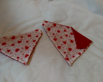 Red & white dog bandana with hearts