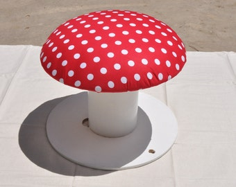 Spool stool - Upcycled spool, now a toadstool stool