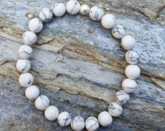 Men's bracelet, white howlite, stretch bracelet