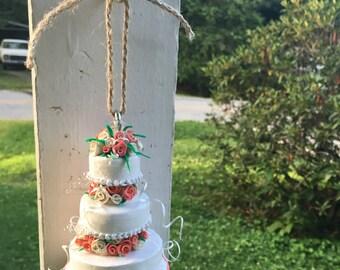 Wedding ornament replica