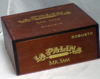 2 Wooden Empty Cigar Box, 20% Off!