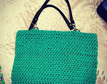 Crochet shopper bag