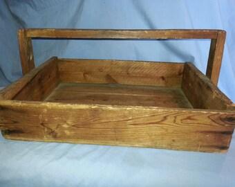 Primitive Wooden Garden Carry-all box 9 x 14 1/4 x 19