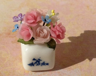 Dollhouse Miniature Flowers---Roses