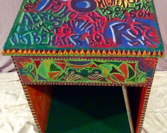 Psychedelic accent table
