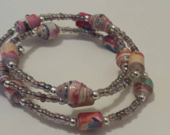 Paper beads memory wire bracelet (B29)
