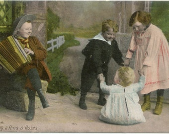 Ring a Ring o Roses Four Children 1 playing Accordian  POSTCARD Post Card