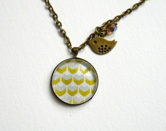 large collar necklace, cabochon with geometric pattern, yellow mustard and gray