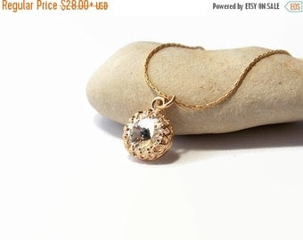 ON SALE Clear swarovski crystal necklace - Gold Filled Necklace - Gold filled chain - Swarovski crystal Necklace - Crown Setting - Crown Bez