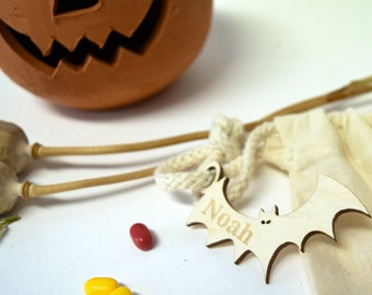 Personalised Trick or Treat Bag - Halloween Bat Tag - Bat Tag and Trick or Treat Bag - Halloween Gifts for Kids - Halloween Party