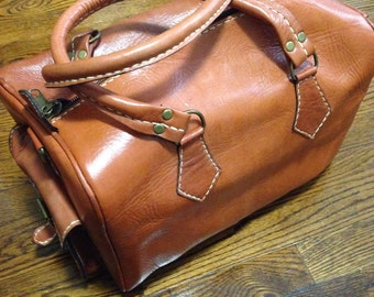 Small leather weekend bag