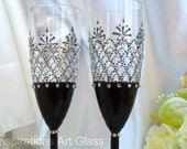Black wedding glasses Black Lace Champagne glasses Toasting Flutes Wedding flute set Wedding gift Personalized glasses Modern wedding