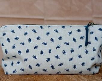 Linen pouch - leaves