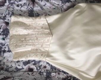 Vintage style wedding dress, wedding gown, destination wedding