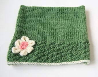CatHat baby/toddler hat with Flower in Sage Green and Cream, 12-18mths