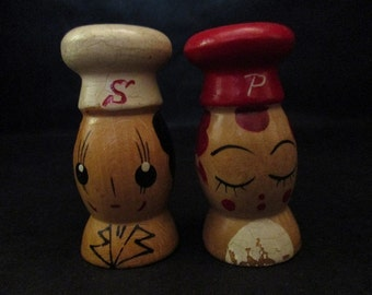 1950's Kitschy Small Wood Chef Salt and Pepper Shakers Japan