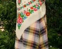 Wool Shawl Vintage . White floral wool shawl, big soviet floral head scarf, floral babushka shawl, 1980s wool shawl, scarf