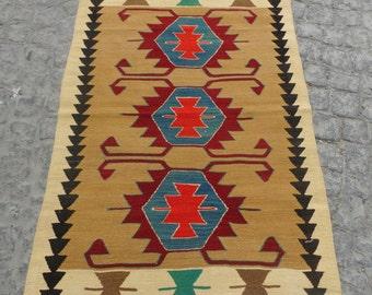40 years old handwoven traditional turkish kilim rug, small kilim rug