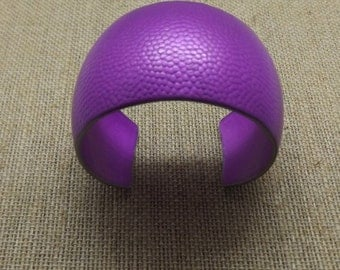 "Aluminum Domed Violet Pebble Cuff 1 1/2"" Wide"
