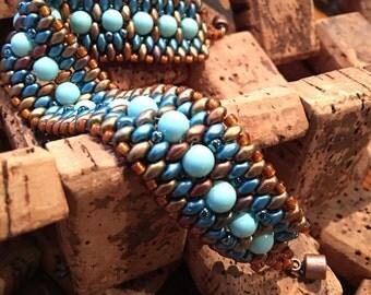 Beautiful cabachon and superduo cuff bracelet, peyote stitch