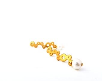 Minimal Circle Earrings