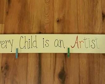 Photo holder - every child is an artist