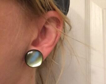 Lovely green button earrings!