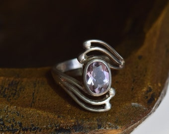Light Purple Gemstone Swirl Silver 925 Band, US Size 5.0, Used Vintage Jewelry